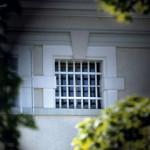 Vergittertes Fenster, Gefaengnis